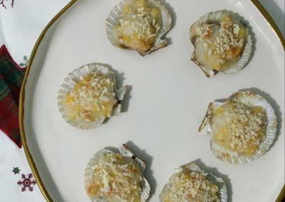 ZAMBURIÑAS CON BECHAMEL Y CAQUI (receta sin gluten)