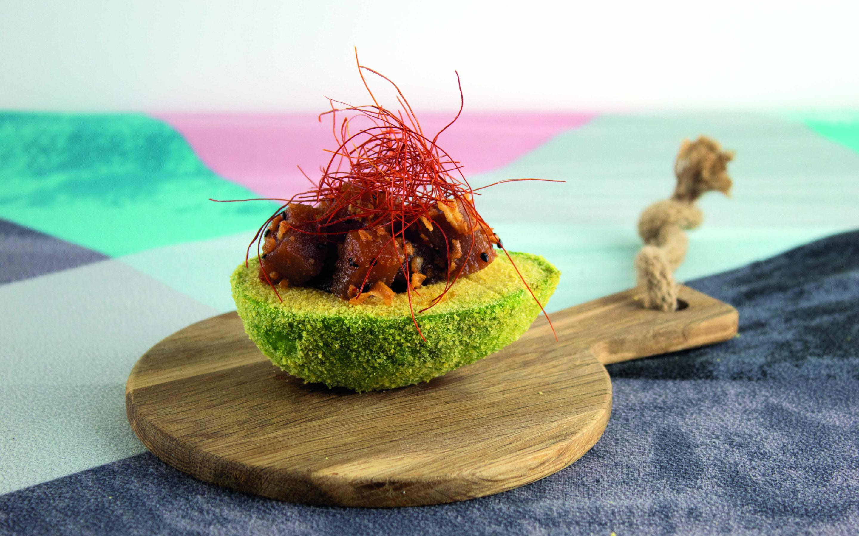 Receta sin gluten AGUACATE CRUJIENTE AL HORNO relleno de tartar de atún